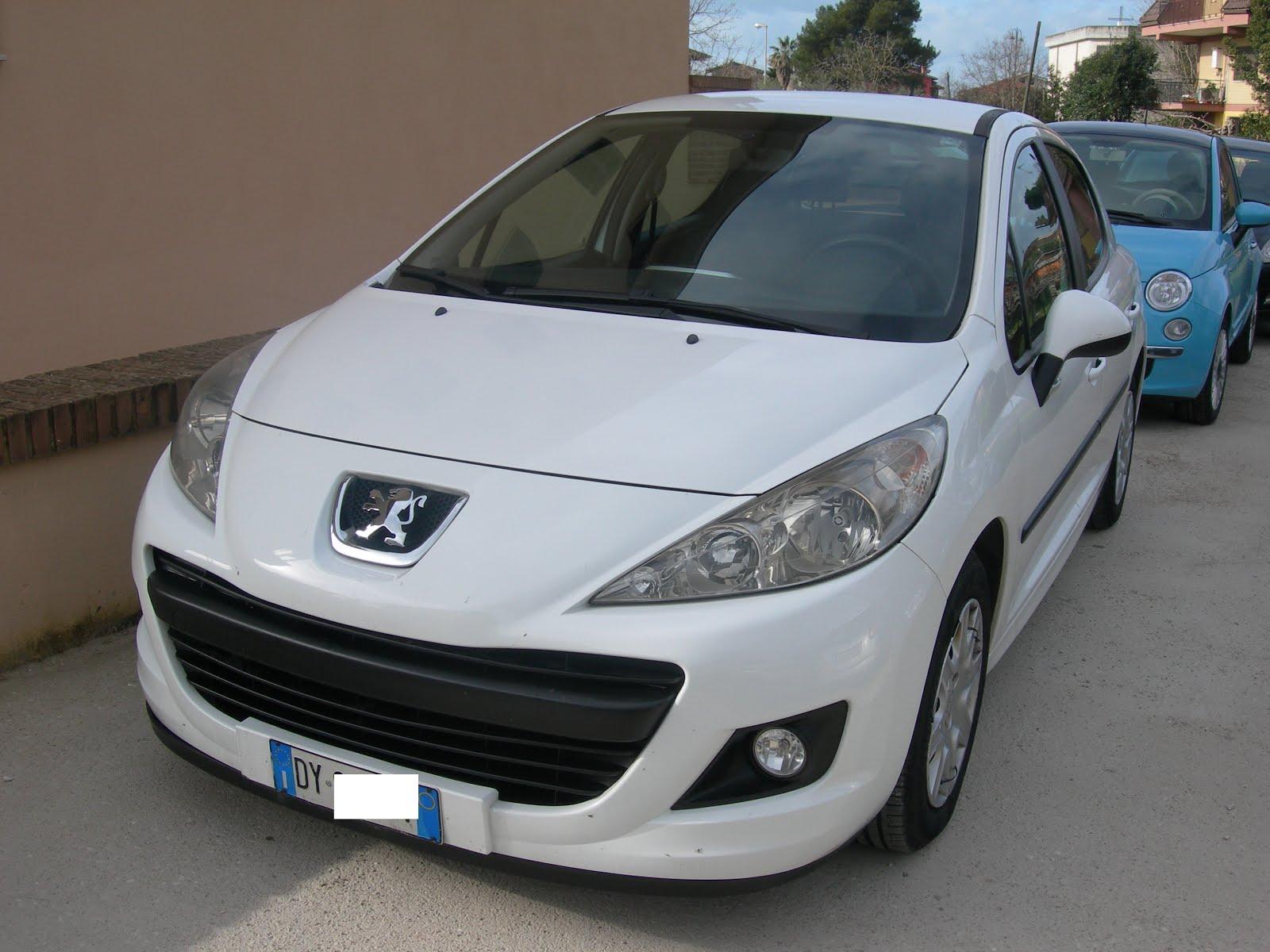 Peugeot 207 1.4 HDI 70 CV MOD.N1 AUTOC+TRASP PERSONE ANNO 2009 90.000 KM