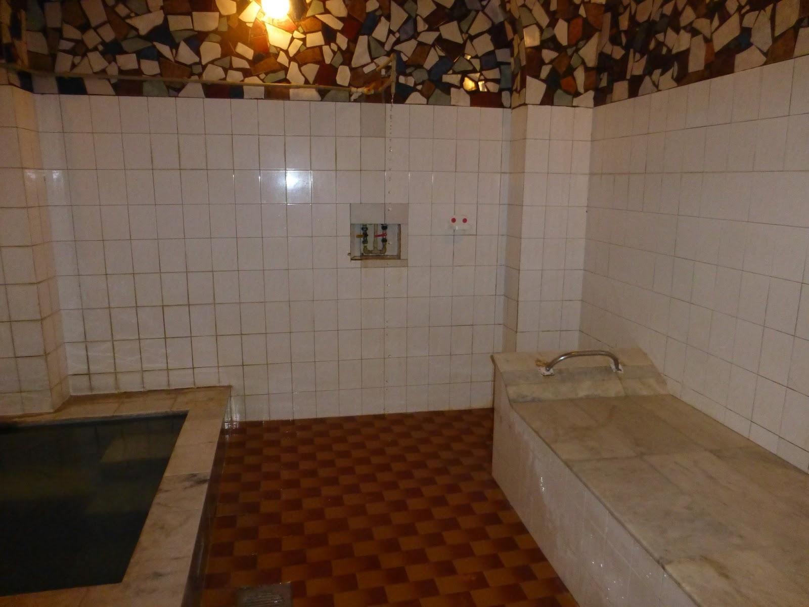 Christophers Expat Adventure Royal Bath Adventure - Royal bath tubs