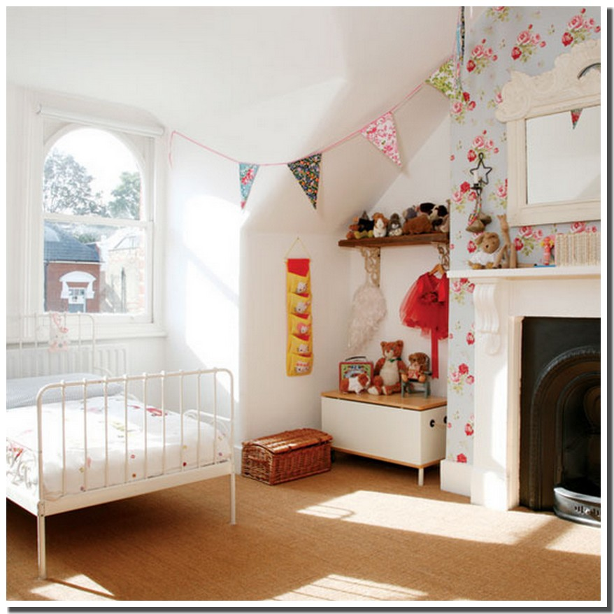 nassima home chambre victorienne pour enfants. Black Bedroom Furniture Sets. Home Design Ideas