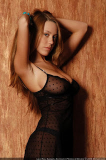 青少年的裸体女孩 - sexygirl-karina5_2-701742.jpg