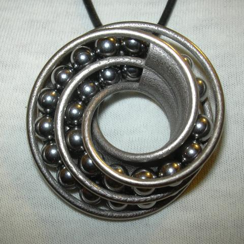 TWIN RAIL MOBIUS can-take-a-ball-Pendant