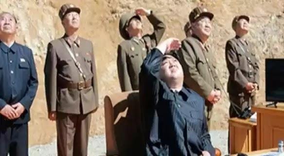ΟΗΕ: Συνεδρίαση για τη Βόρεια Κορέα για τους πυραύλους στον αέρα που ρίχνει! και οχι για αυτούς που ρίχνουν αυτοι στην Συριά σε σπίτια!