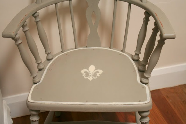 Annie Sloan Chalk Paint French Linen paint transforms vintage Captain Chairs.