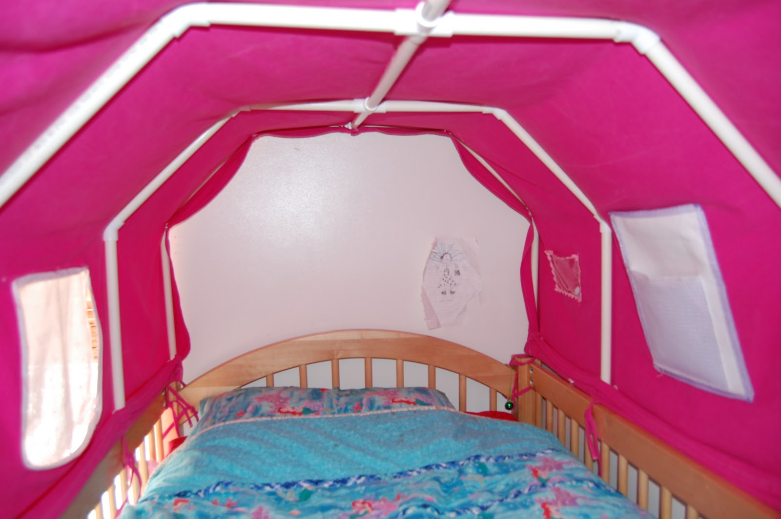 Everyoneu0027s Excited and Confused Pictures of the Top Bunk Bed Tent and Paltry Instructions & Everyoneu0027s Excited and Confused: Pictures of the Top Bunk Bed Tent ...