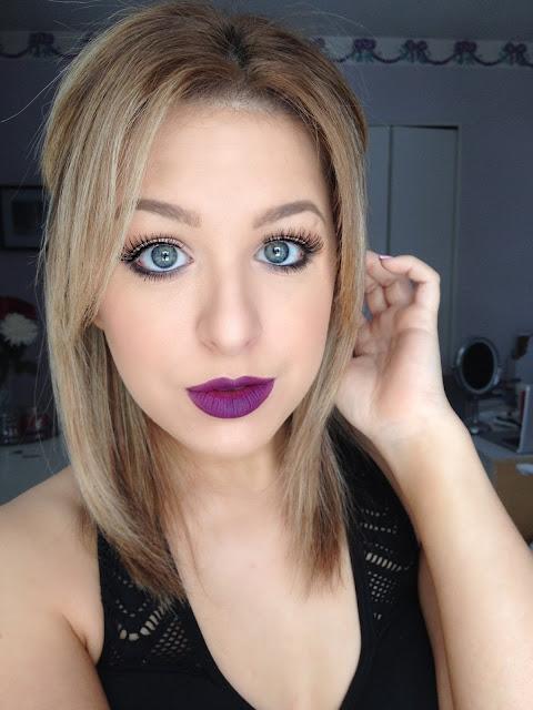 maquiagem batom roxo