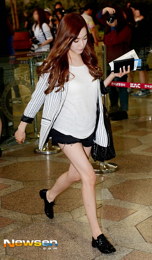 snsd tiffany airport pic
