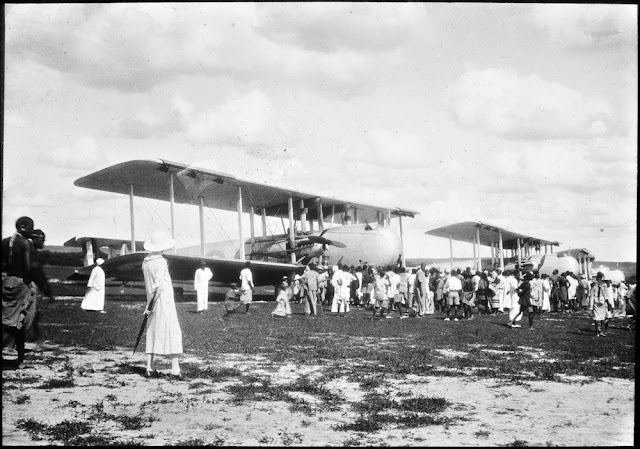 Royal Air Force at Dodoma. Three Vickers Victoria aircraft unloading cargo, 1929. E.O. Teale photograph collection.