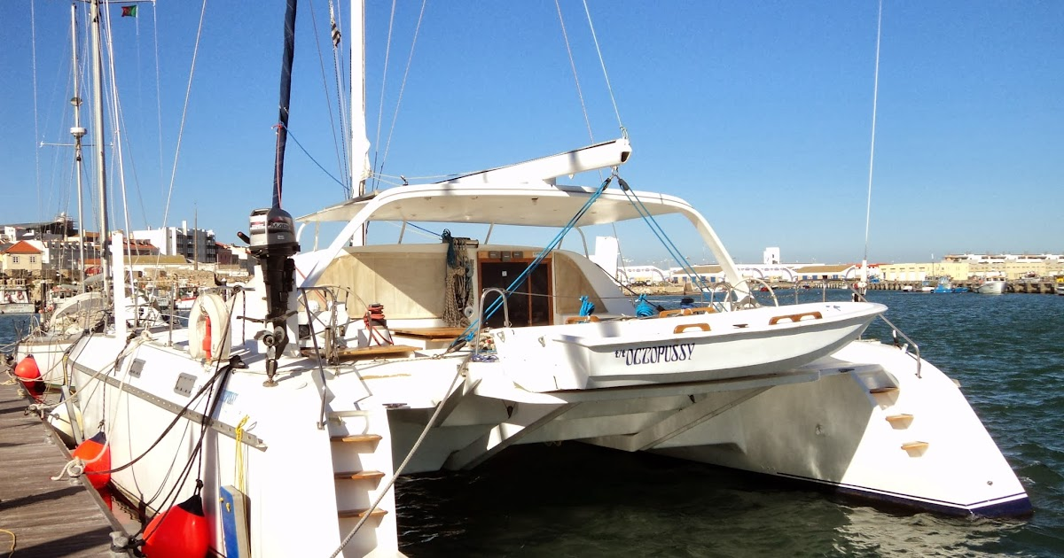 The Naked Boat and the Boatist: Sailing to Nazare - Part 1