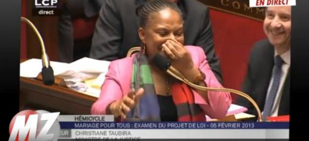 Mariage homosexuel: Christiane Taubira prise d'un fou rire à l'Assemblée !