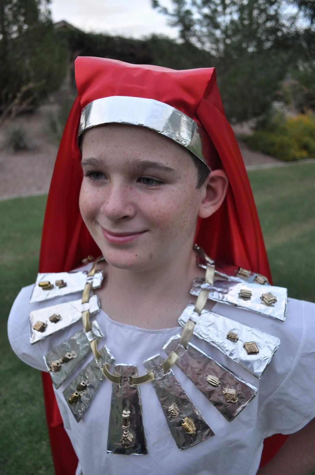 Seeshellspace my 4 king tut costume monday october 17 2011 solutioingenieria Gallery
