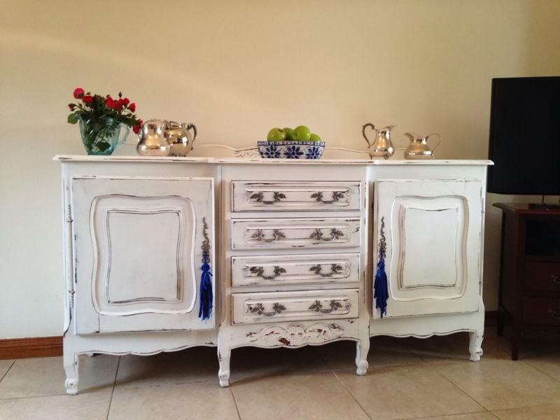 Vintouch muebles reciclados pintados a mano - Muebles antiguos pintados de blanco ...
