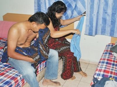 Malay mak main dengan anak