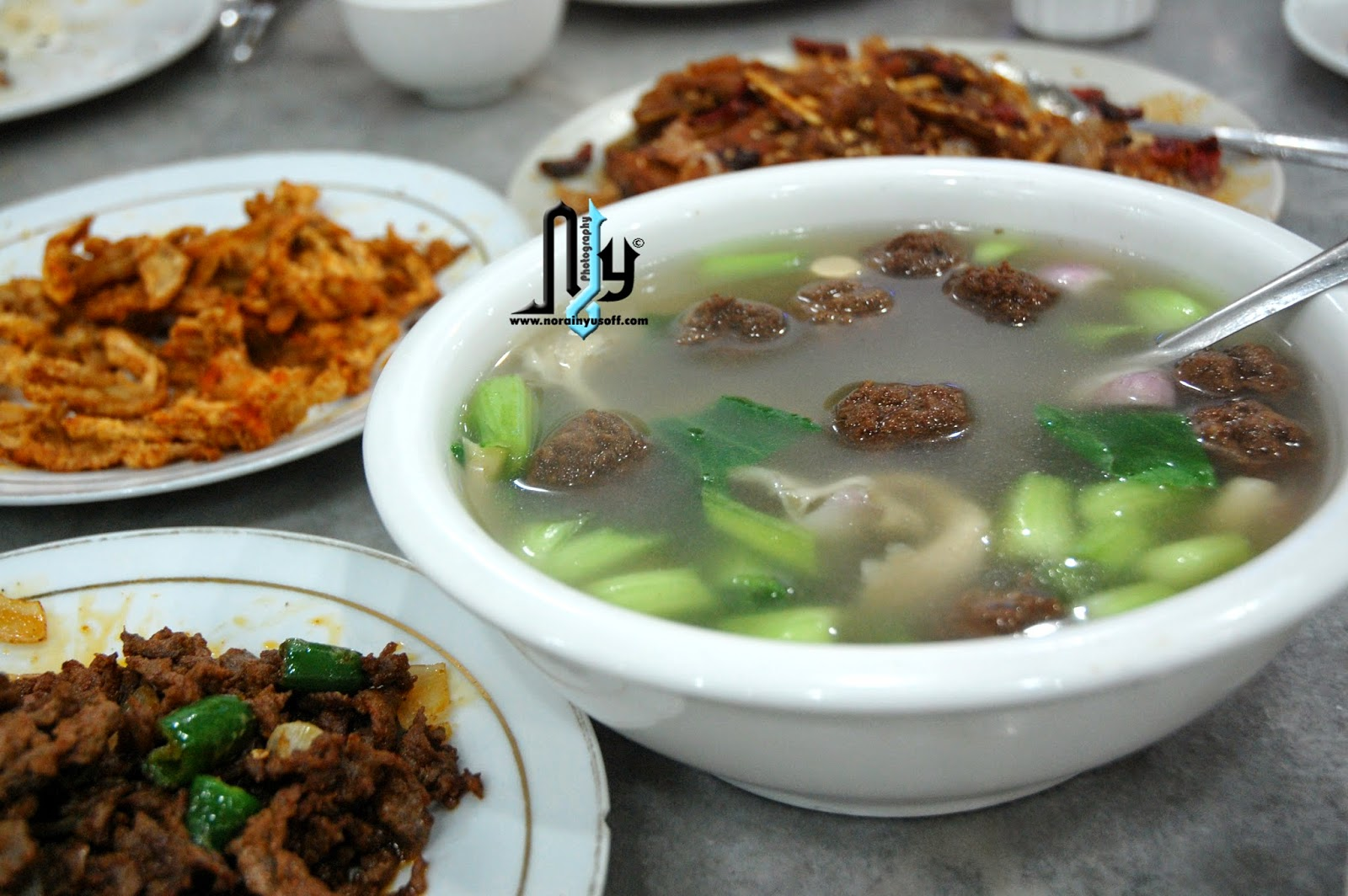 Makan-Makan Di Restoran Cina Muslim Wangsamaju