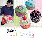 Julia&#39;s Cupcakes - rets bedste danske dessertbog 2012
