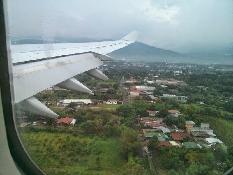 landing at costa rica