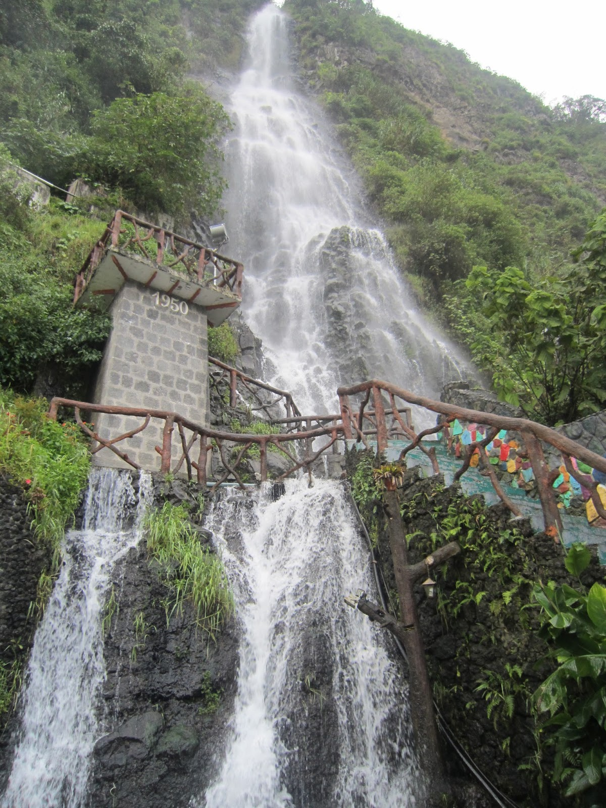 Pasaporte vago ecuador con encanto visita ba os de agua - Fotos de alicatados de banos ...