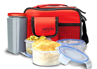 Snapdeal : Buy Milton Lavish Lunch Box with Microwave Safe Containers at Rs. 329 only