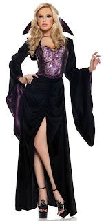 Plus Size Woman: Plus Size Halloween Costume Ideas