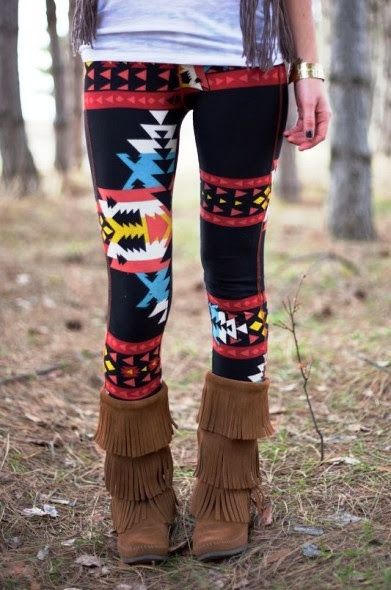 Lovely black navajo leggings and boots for fall