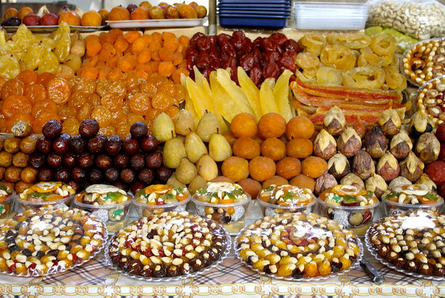 Armenia tourism blog golden apricot festival and armenian for Armenian national cuisine