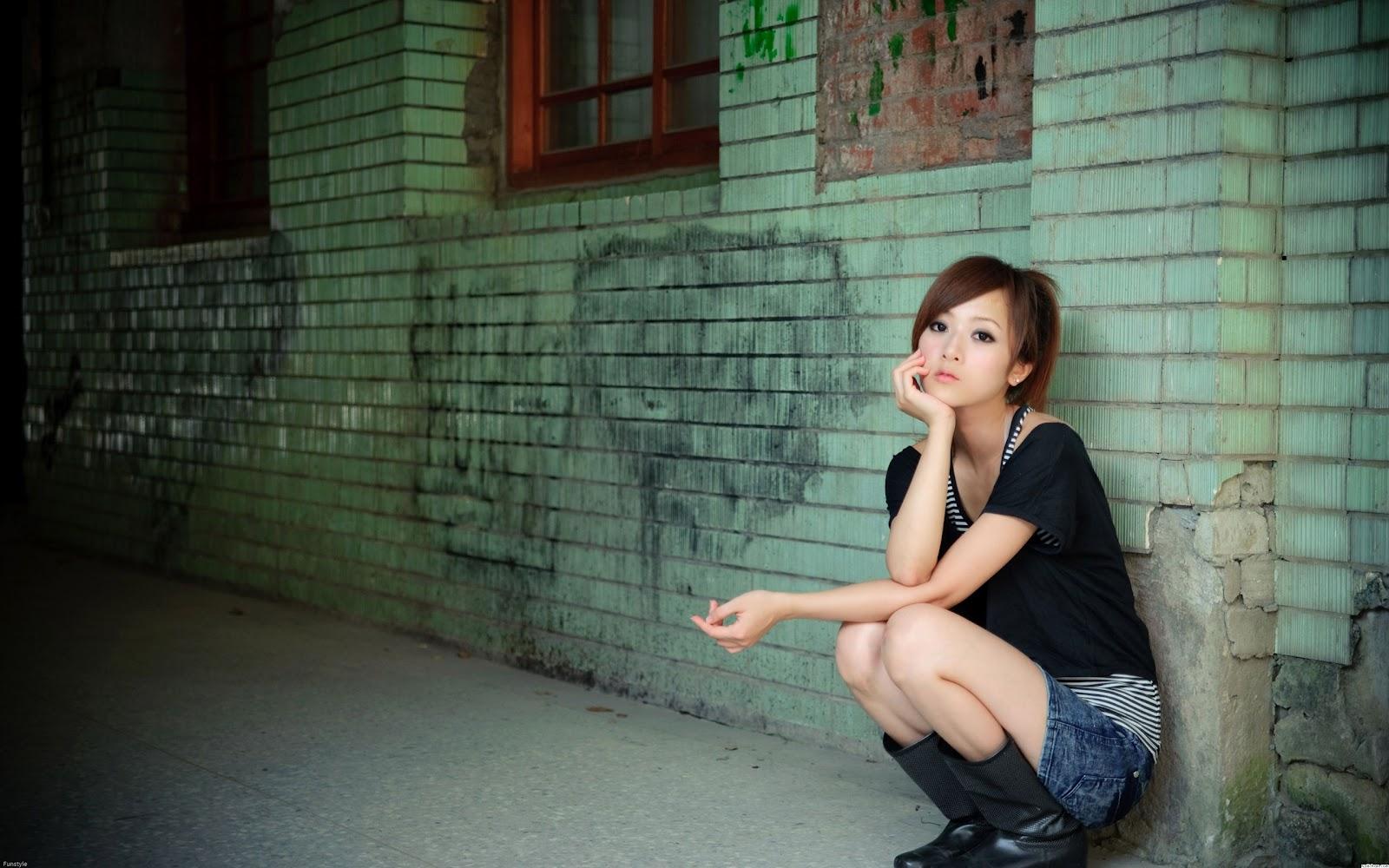 http://1.bp.blogspot.com/-OuE8PgyQRQU/UHQSWnUlFzI/AAAAAAAAAHY/lobOCvvaJFM/s1600/40683-asian-girl%5B1%5D.jpg