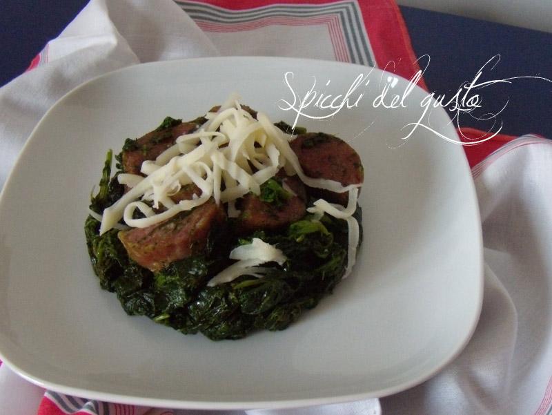 Broccoli e salsiccia con scamorza