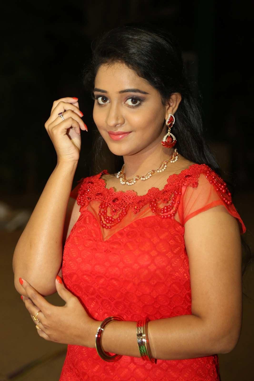 Aishwarya Addala photos at Ee Cinema Superhit-HQ-Photo-20