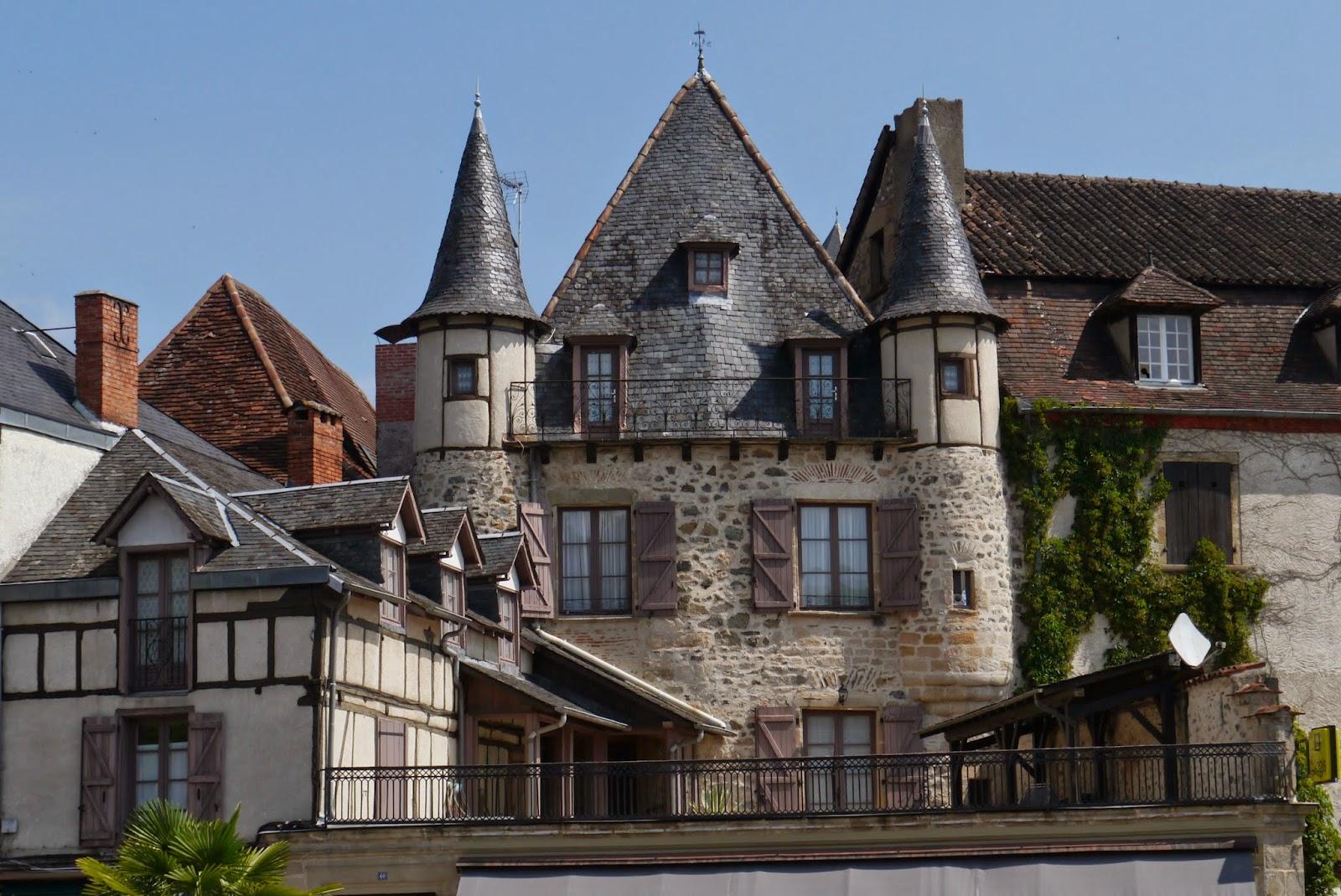 C 39 est ma vie par aron choneur ch teaux - Office du tourisme beaulieu sur dordogne ...