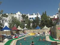 lemon-tree-apart-otel-bitez-bodrum-açık-yüzme-havuzu