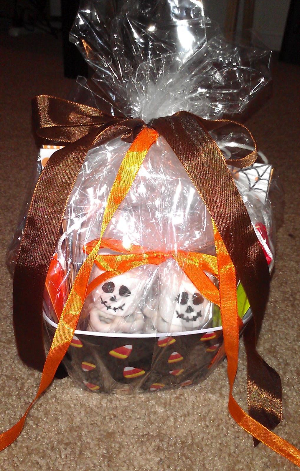 Apples to Applique: Halloween Goodie Basket