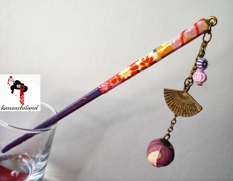 Nuevos diseños de palillos para el pelo. Están realizados a mano, con papel japonés, y telas japonesas. están en ARTESANUM