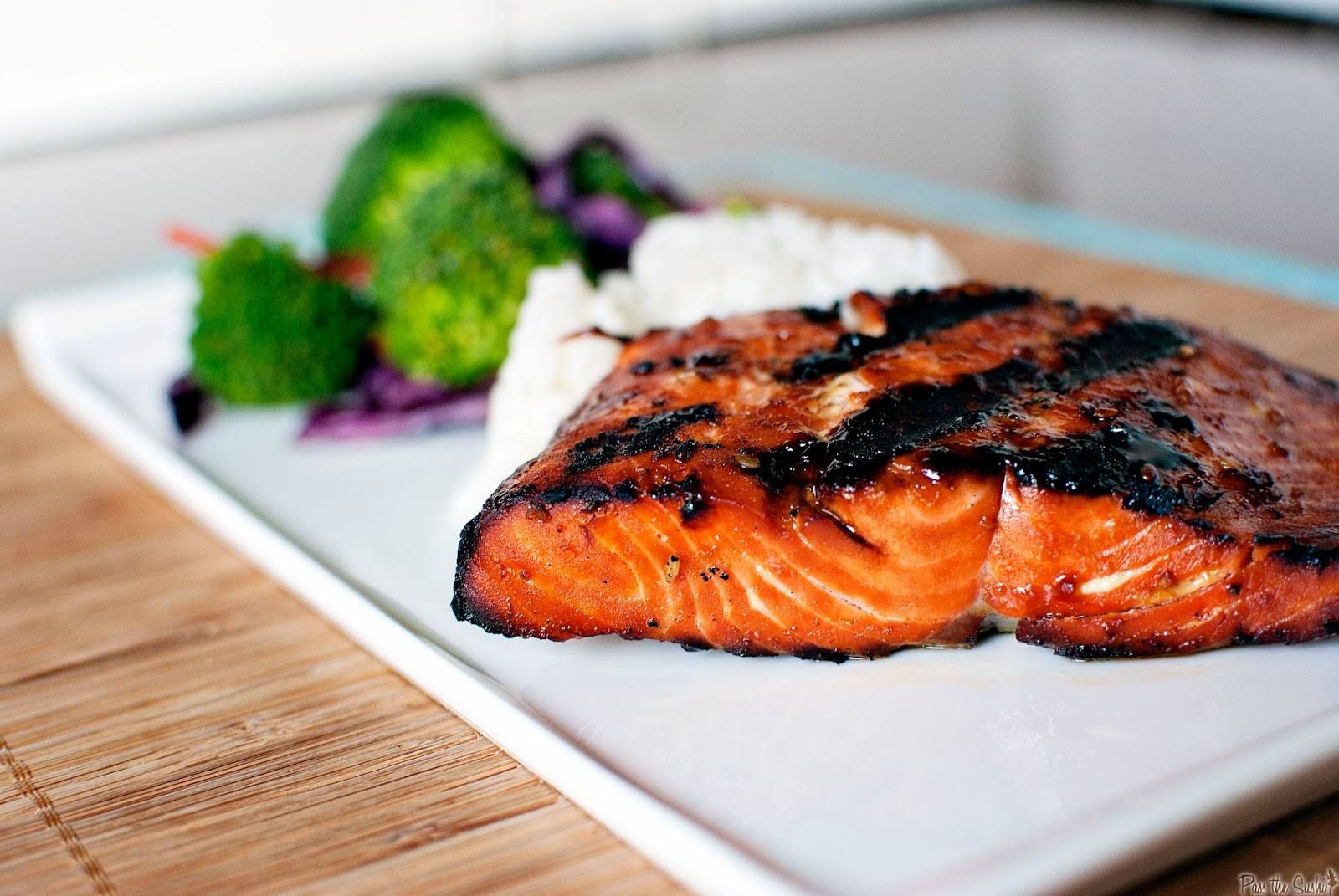 how to season and cook salmon