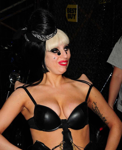 lady gaga hot sexy pics photos black colored dominatrix costume