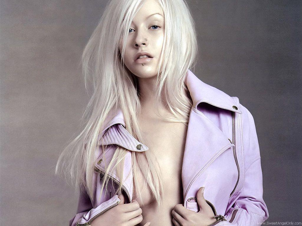 Christina Aguilera hot wallpapers