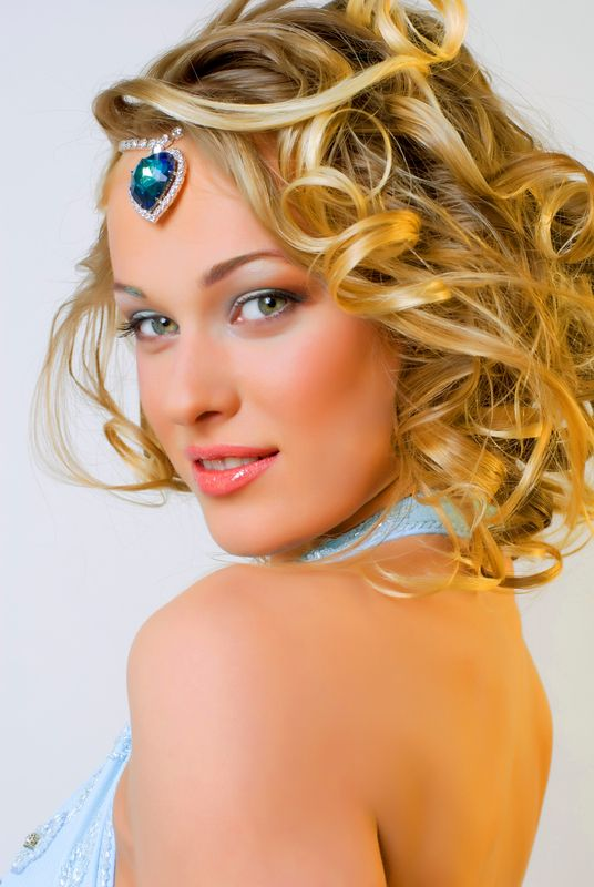 Hairstyles For Short Hair Evening : PROM HAIRSTYLES FOR SHORT HAIRS