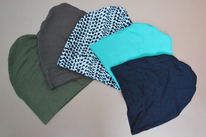 patron couture bonnet chat. Black Bedroom Furniture Sets. Home Design Ideas