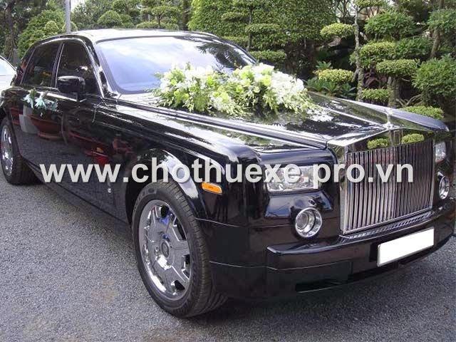 Cho thuê xe cưới VIP Roll Royce tại Hà Nội