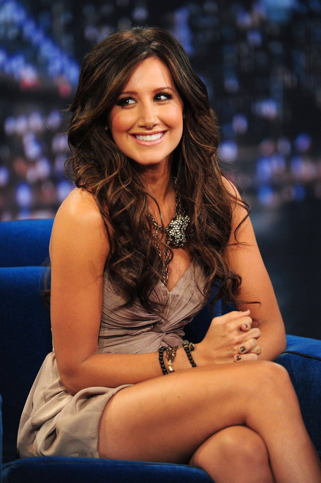 Ashley Tisdale Hairsty...