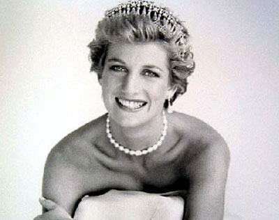 princess diana dead body photos. princess diana death pictures