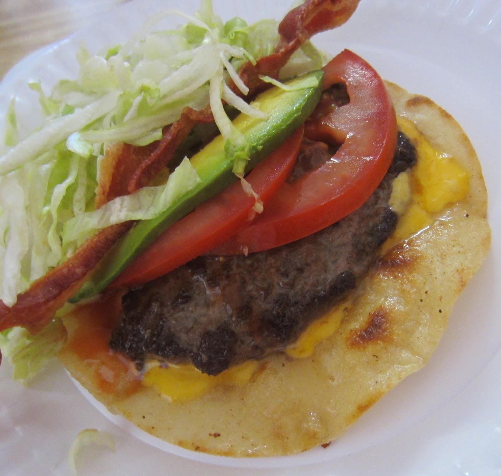 wacky tacky: Chow Time: Howard's Famous Bacon & Avocado Burgers