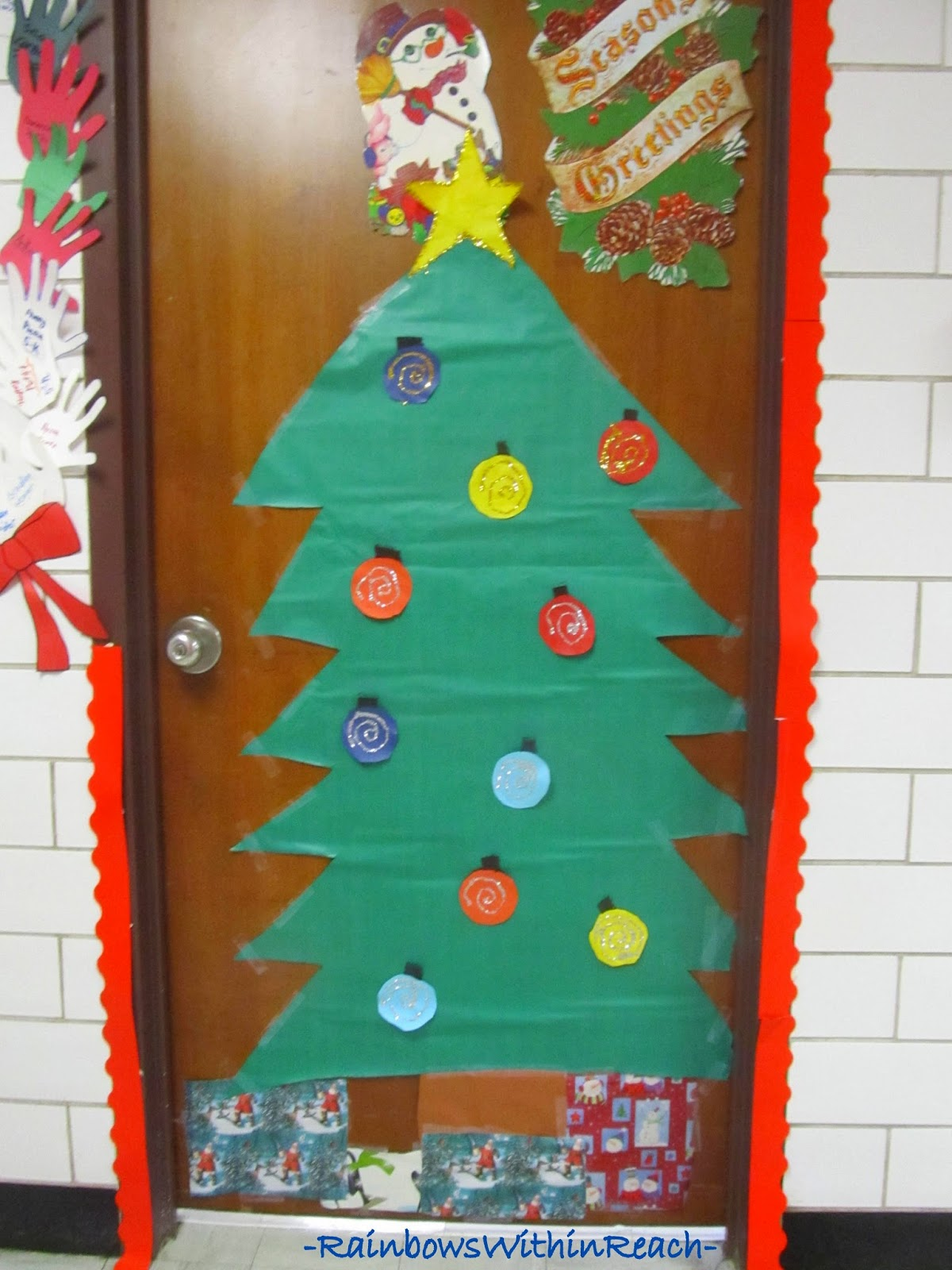 Christmas Decorated Classroom Door: Christmas Tree at RainbowsWithinReach