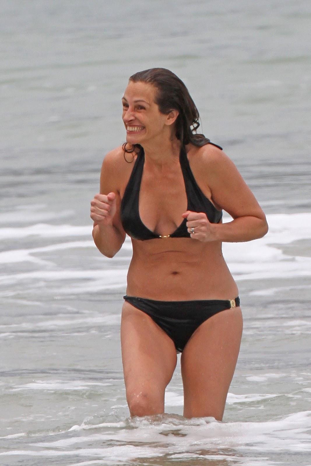 http://1.bp.blogspot.com/-OwMo7kcQNcw/T8DuAjL_hoI/AAAAAAAAHJg/z4zBSbmlozc/s1600/+Julia+Roberts+-+Bikini+candids+Hawaii+%2827%29.jpg