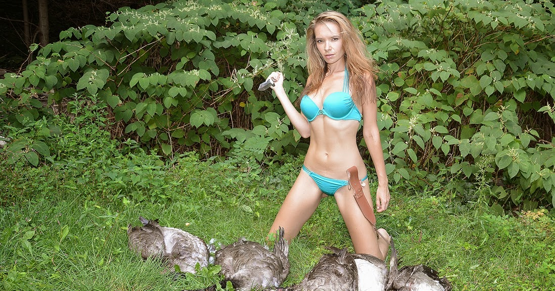 KnifeGirlCalendar: Hunting Season Opened in most States!