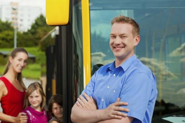 viajar-autobus-conductor-pasajeros
