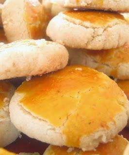 Resep Kue Kukis Kacang Kayu Manis Renyah