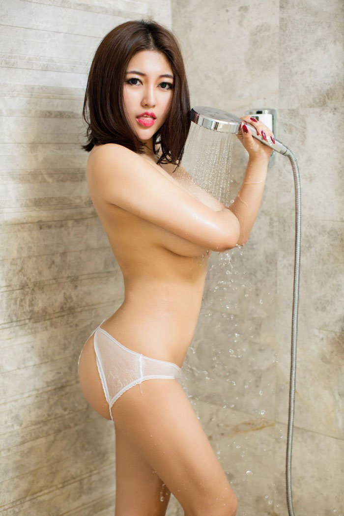 Beauty9x: Zhao Yitong Wet Body 35 Pictures