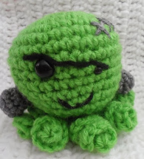 http://translate.googleusercontent.com/translate_c?depth=1&hl=es&rurl=translate.google.es&sl=en&tl=es&u=http://kristenscrochet.blogspot.de/2013/09/frankenpus-octopus-dressed-as.html&usg=ALkJrhhe3Z18N2pyKVp_nOSyH2tWCKKcYw