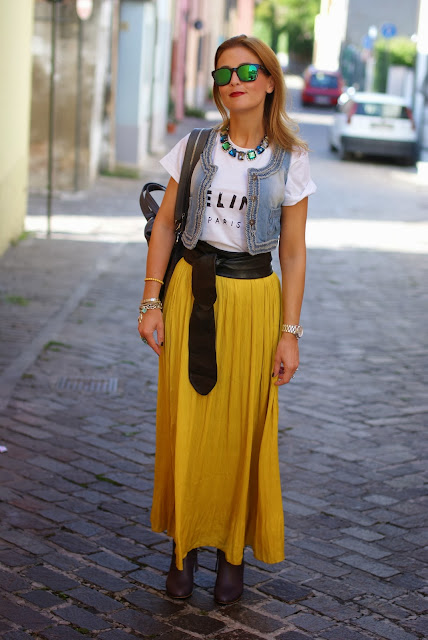 Celine t-shirt, Persunmall vest, Givenchy Nightingale, Fashion and Cookies, fashion blogger