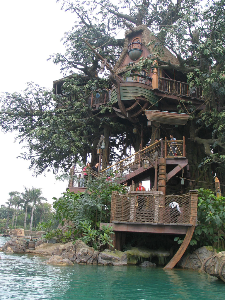 Top 20 beautiful and amazing tree house wallpapers pics for Amazing house plans with pictures