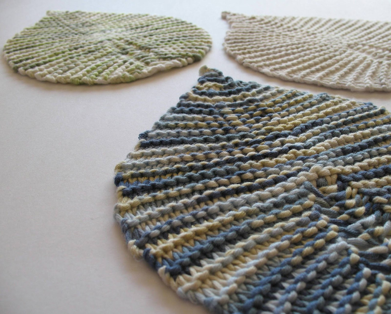 Knitting Patterns For Beginners Garter Stitch : eclectic me: garter stitch